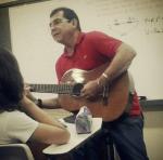 Valde no violão